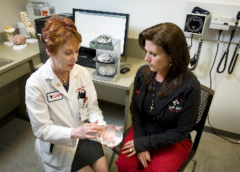 Dr. Linda Phillips with patient Leslie Zogheib