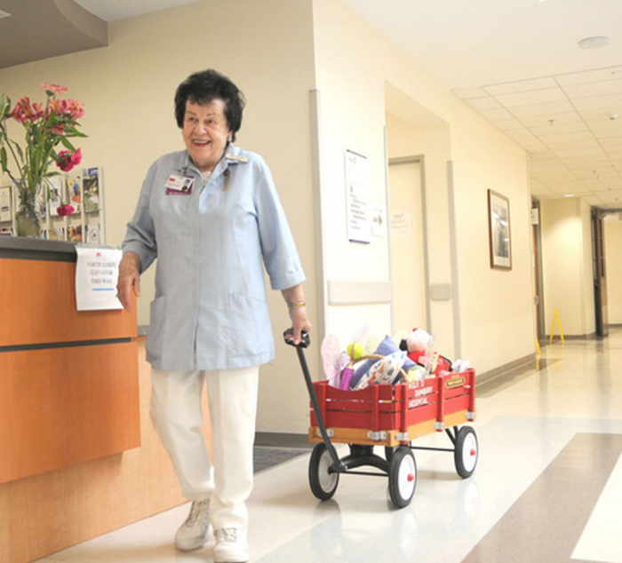 Auxiliary volunteers add special touch to UTMB