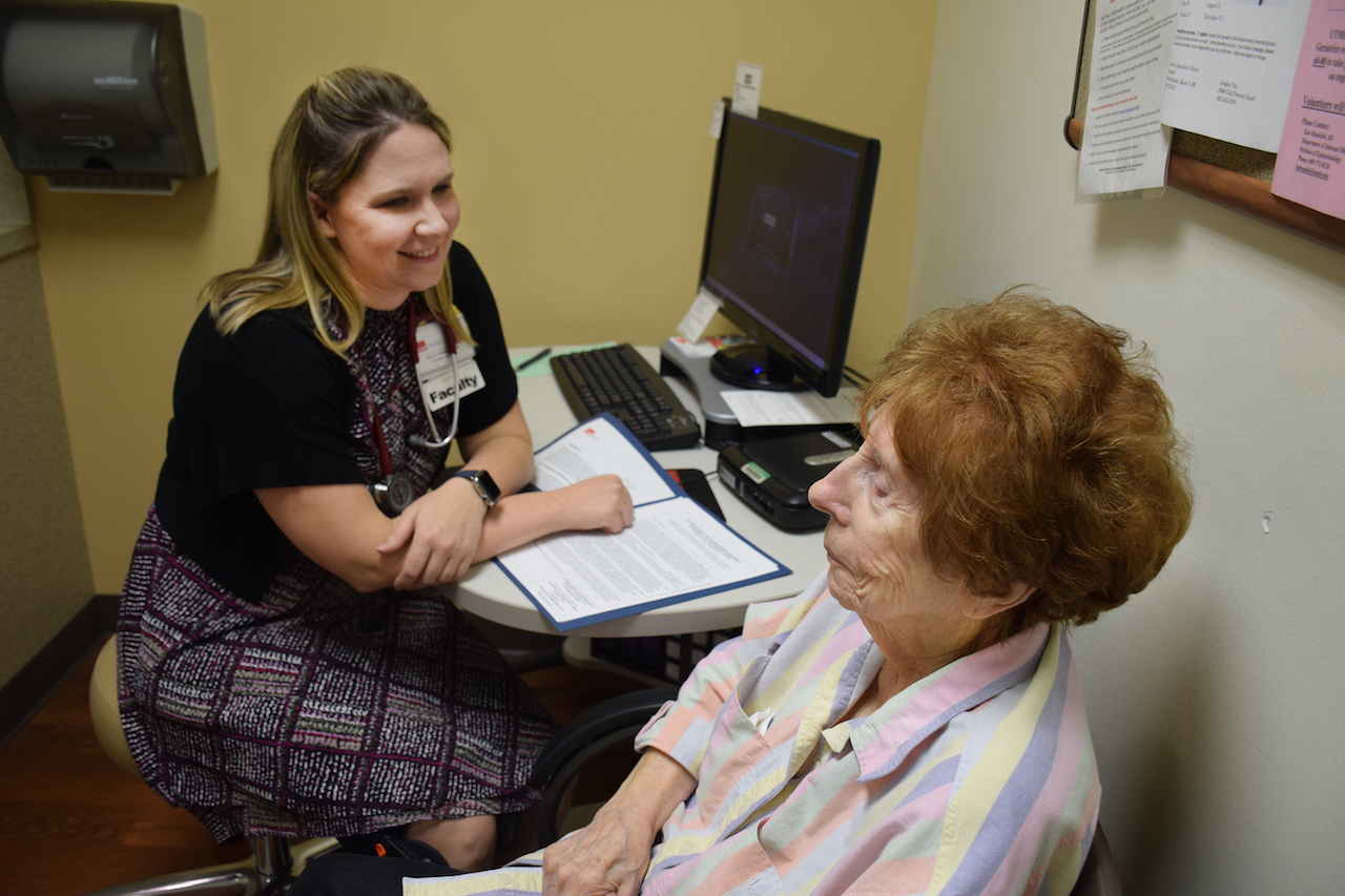 Dr. Erin Hommel goes over a pain contract with all patients who are taking or are considering taking opioids for chronic pain.