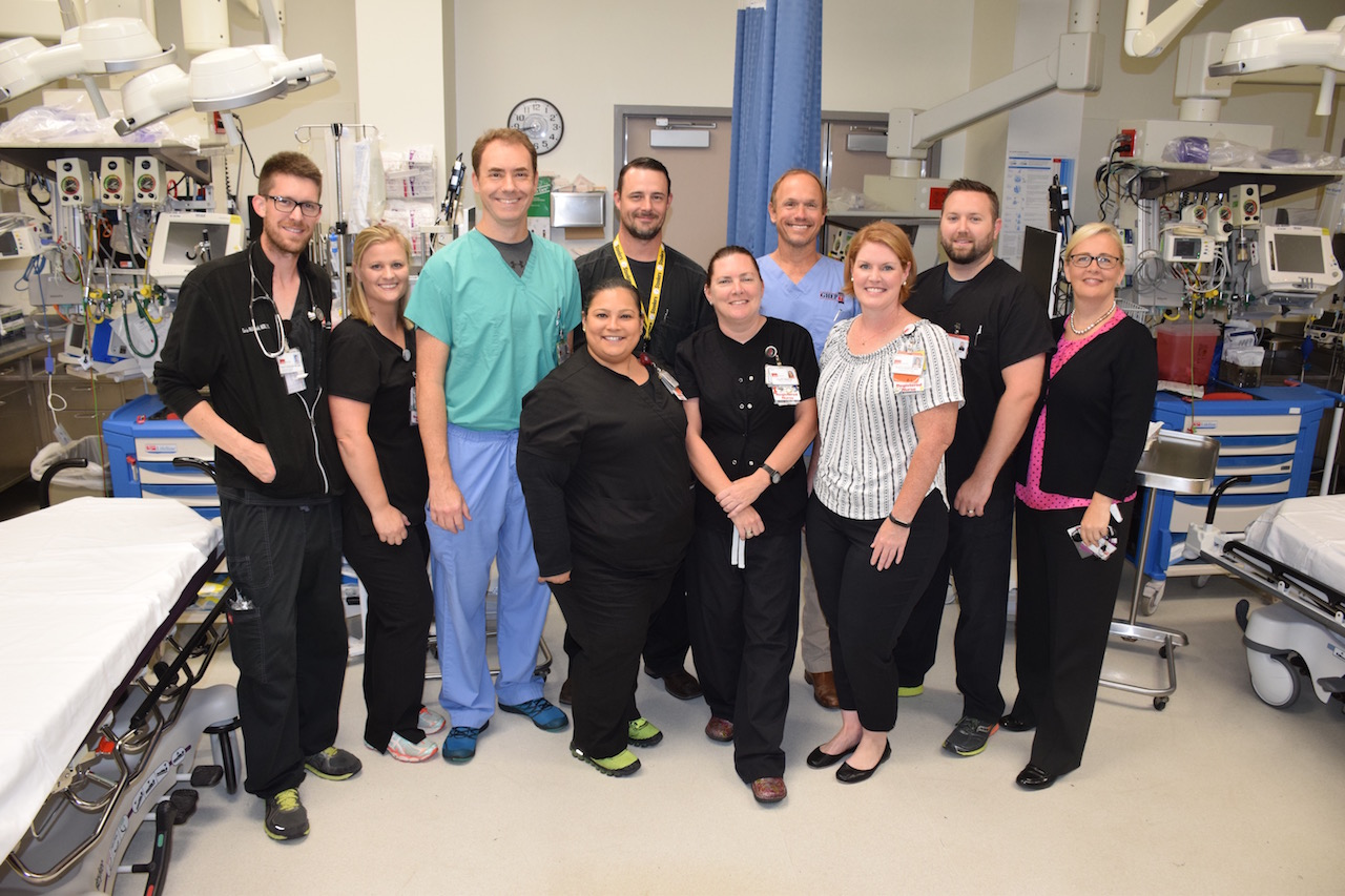 Christine Wade (right) and Pam Cruz (4th from left) with members of the Emergency Department care team.