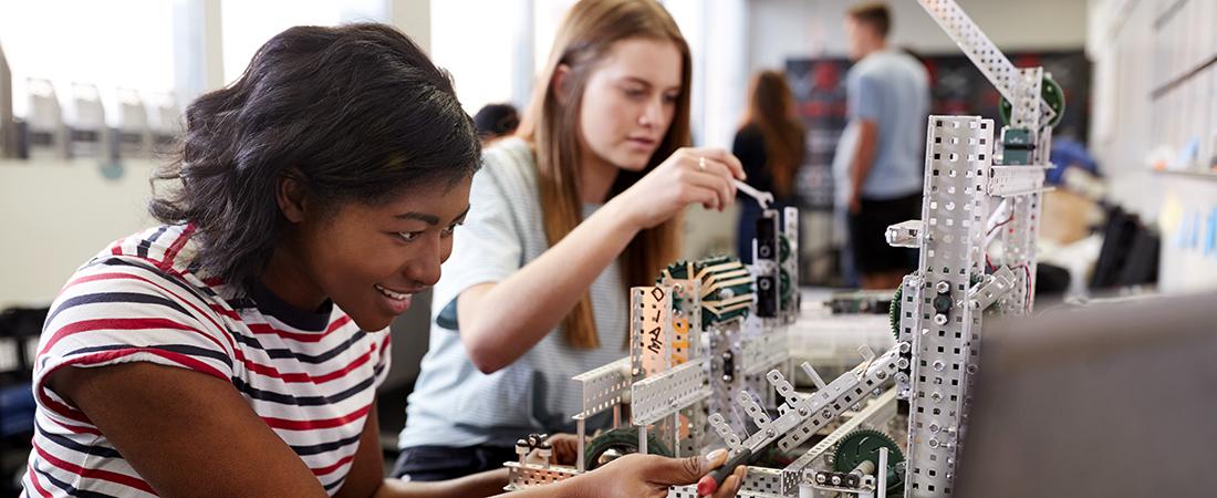 Girls in science class