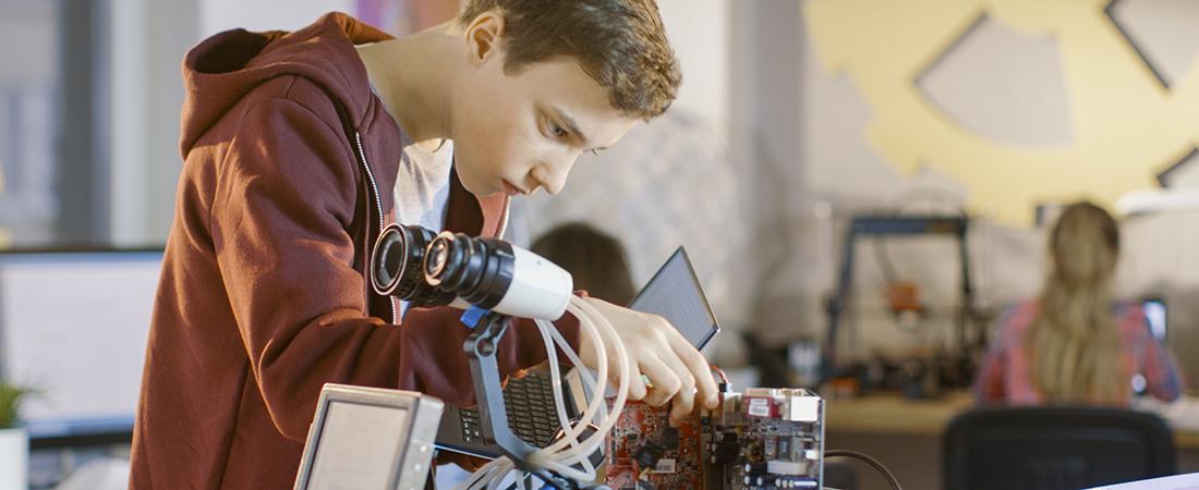 Teen doing mechanical engineering