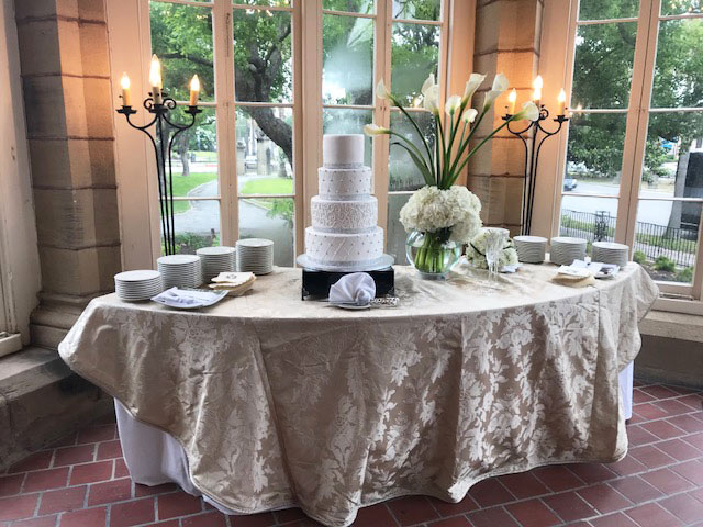Open Gates - Solarium cake table